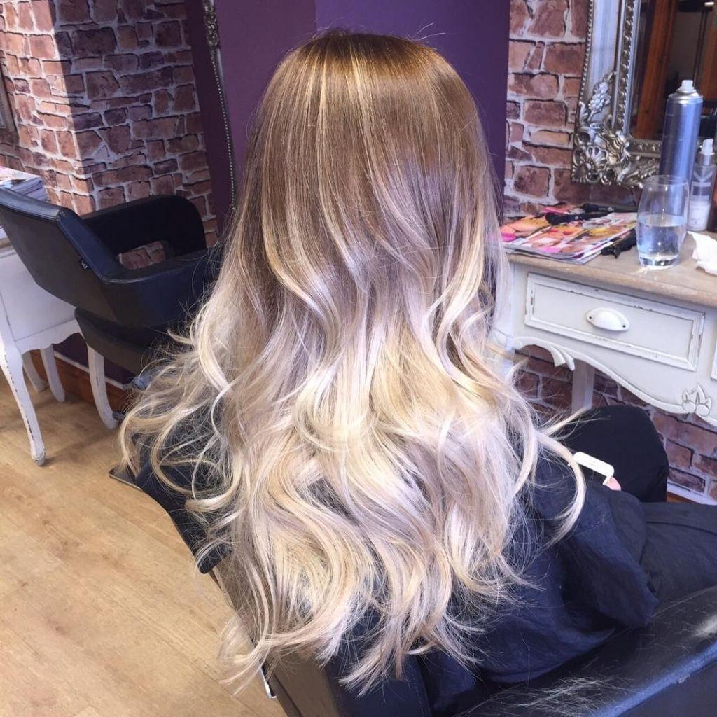 Caramel blond kurze haare