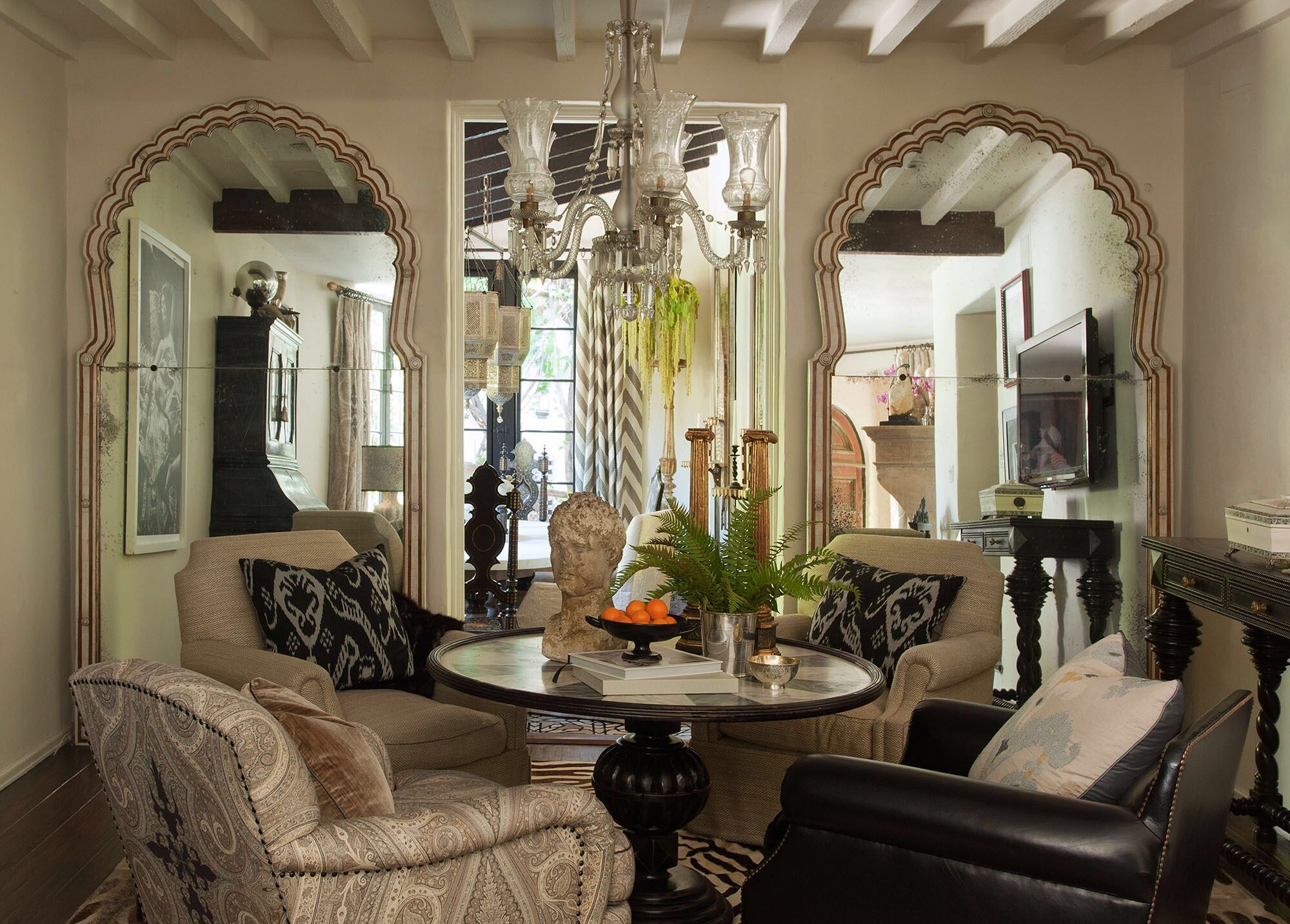 Best Martyn Lawrence Bullard Dining Room Design Home Decor 400 x 300