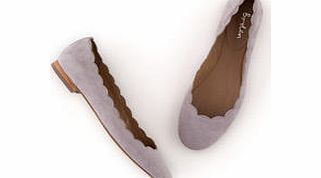 Boden Ballerina, Grey,Brown,Black,Tan Our comfortable, scallop-edged Ballerina is a brilliant run around available in half sizes. It comes with a slip-resistant resin sole. Weve added two fabulous glitter options for Winter. http://www.comparestoreprices.co.uk/womens-shoes/boden-ballerina-grey-brown-black-tan.asp