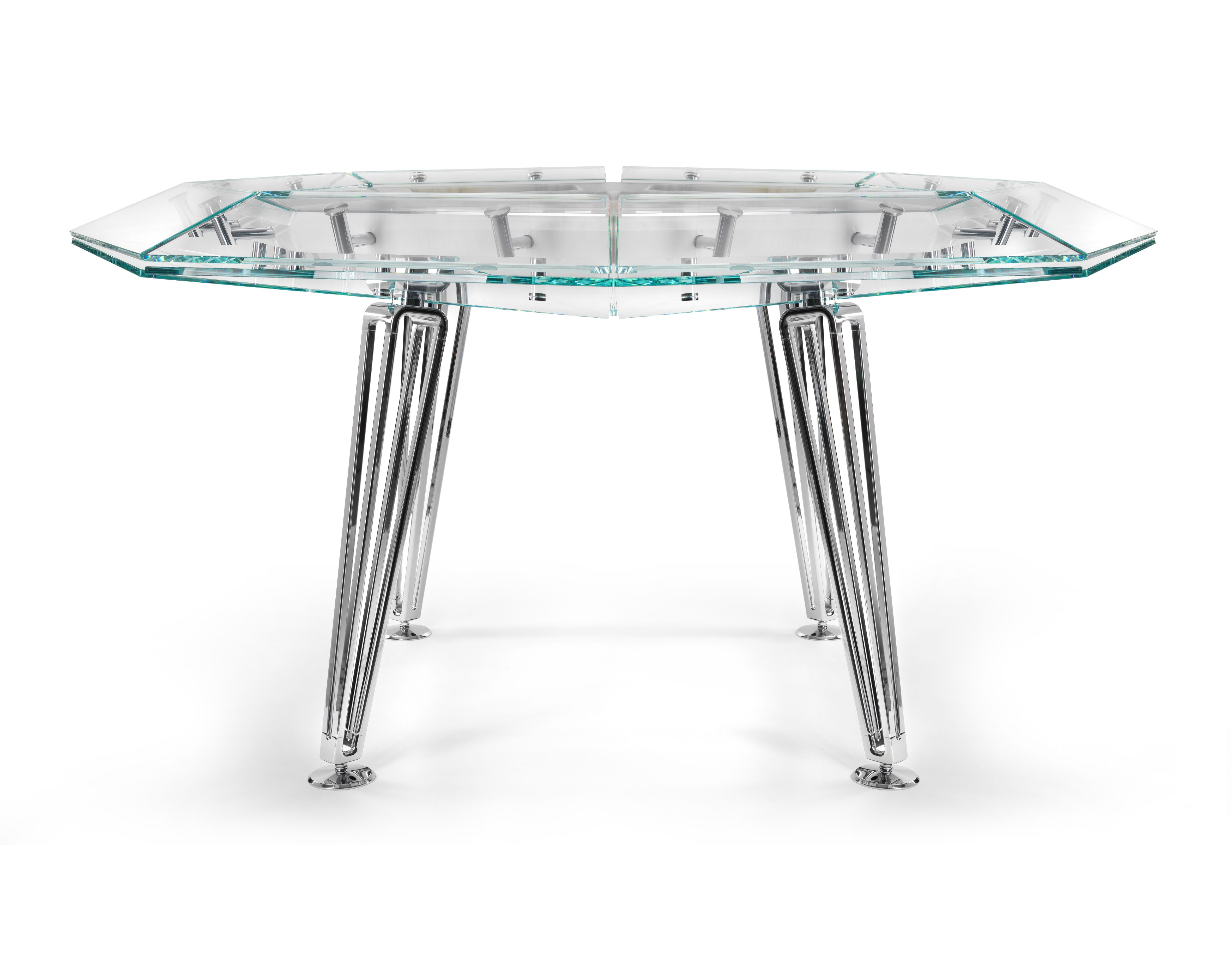 Enjoyable Get In The Zone With This Custom Poker Table Luxury Poker Home Remodeling Inspirations Basidirectenergyitoicom
