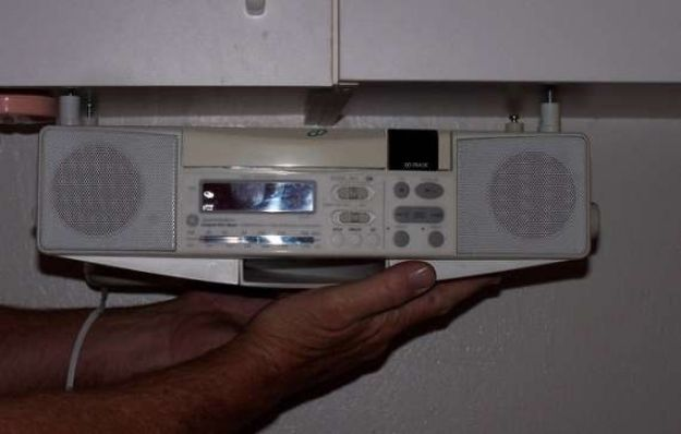 Kitchen Radio Under Cabinet For Your House Bose The Features Built Tuner