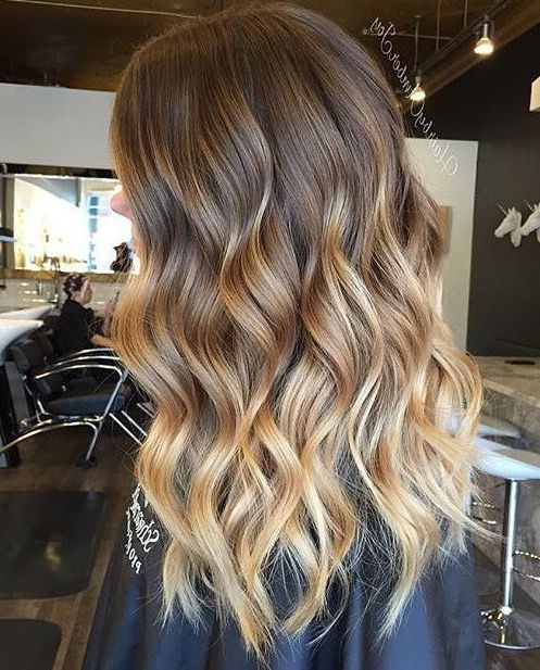 20 Short Hair Ombre Light Brown To Blonde In 2020 Brown Blonde Hair Short Ombre Hair Dark Blonde Balayage