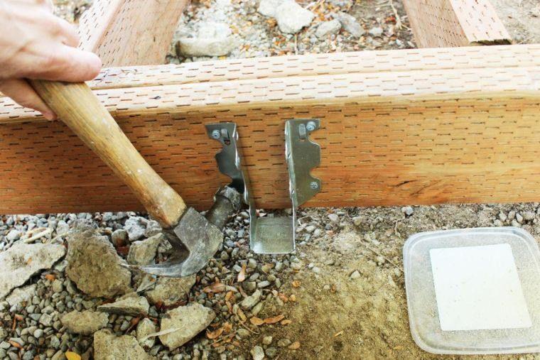 Faire une terrasse en bois - tuto détaillé pour fabriquer l\u0027ossature