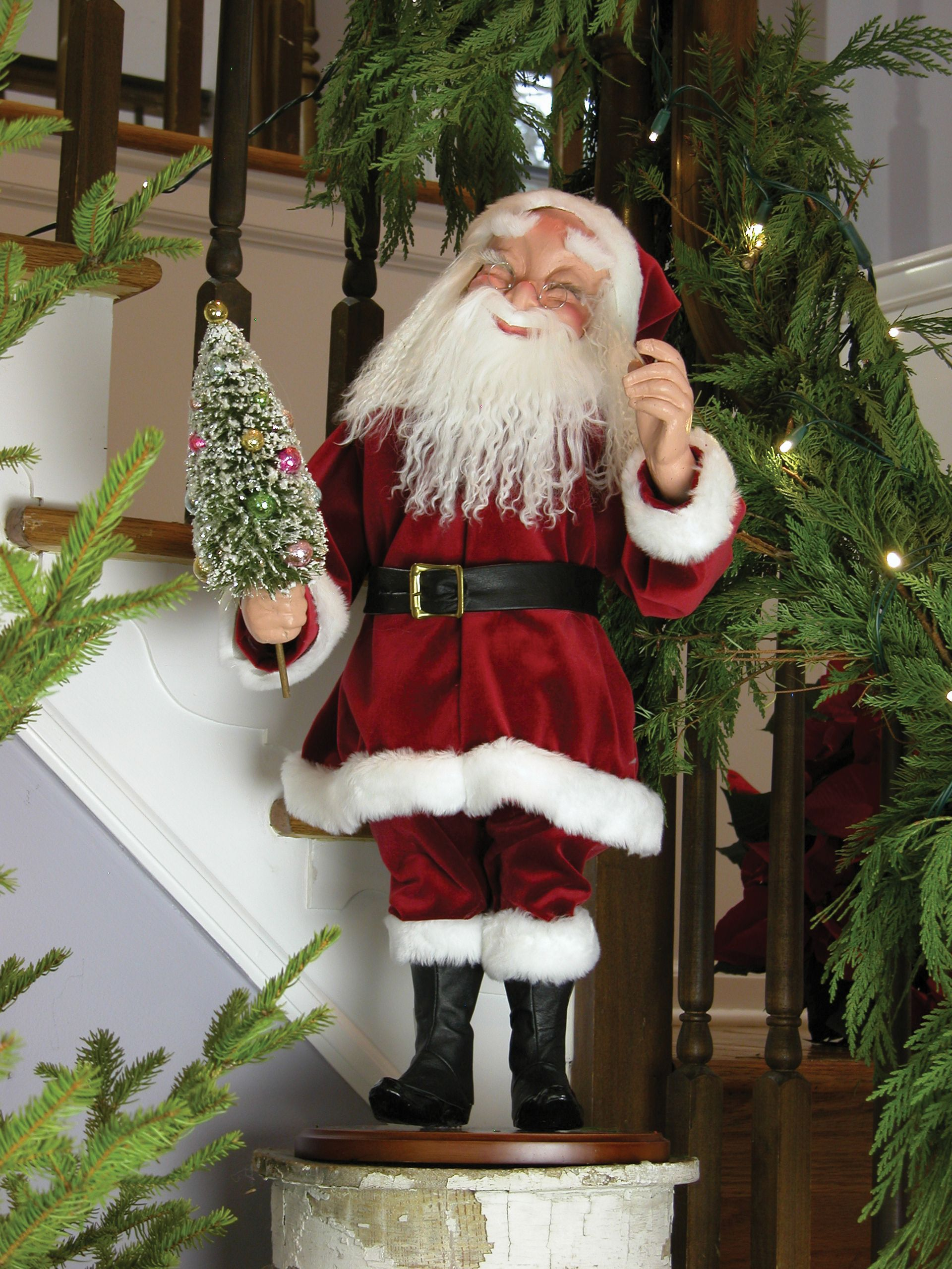 Christmas carolers figurines for sale - Byers Choice Carolers Clockwork Nodder Santa