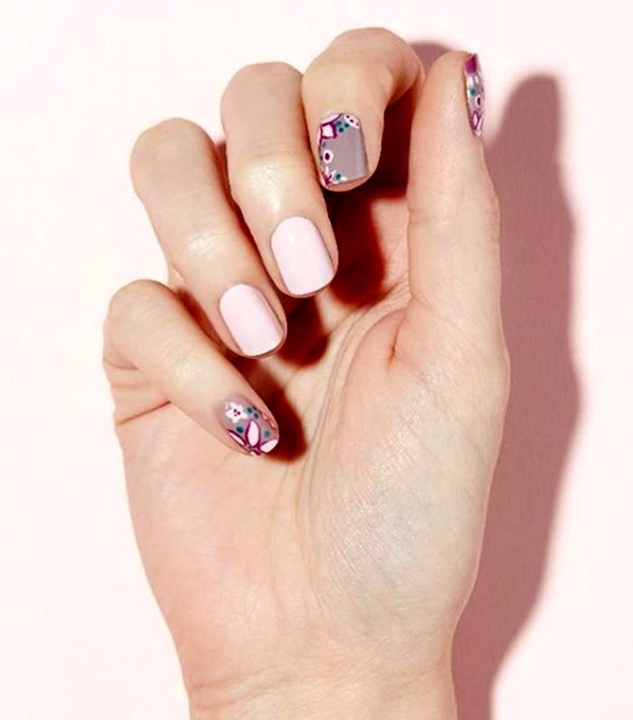 Pin by nesterbs2mk0 on Nails in 2020 | Floral nail designs