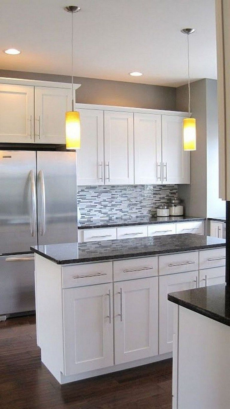 47 Choosing White Kitchen Cabinets Is Not A Bad Idea 19 Autoblog Modern White Kitchen Cabinets White Modern Kitchen Kitchen Cabinets And Backsplash