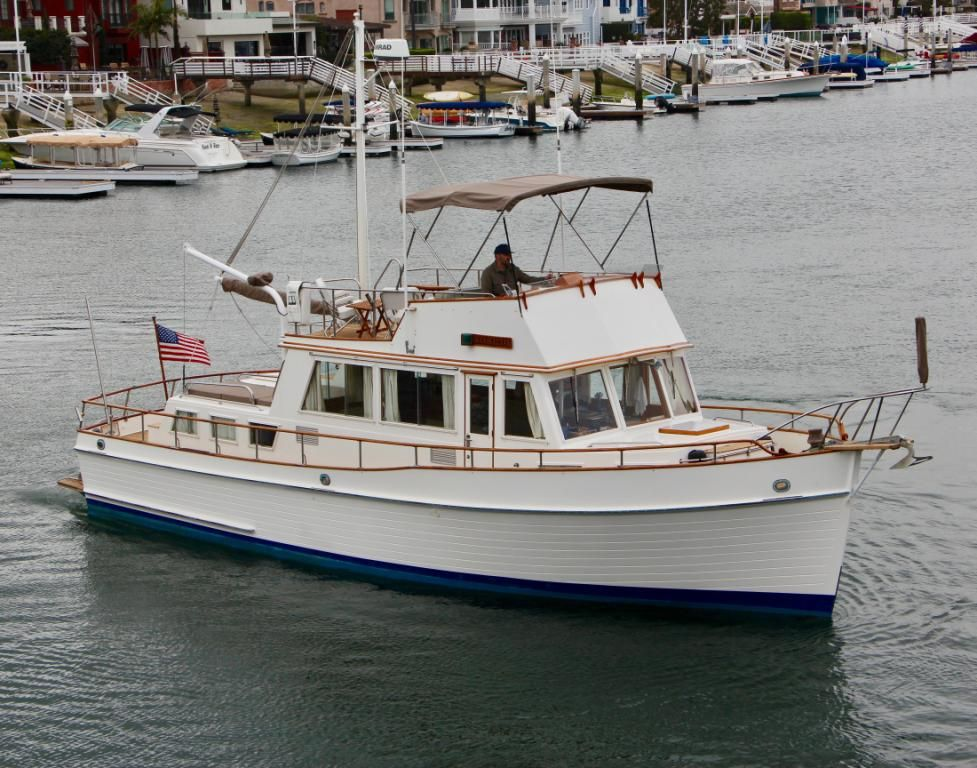 1984 Grand Banks 42 Classic Sold Grand Banks Yachts Boat Cool Boats