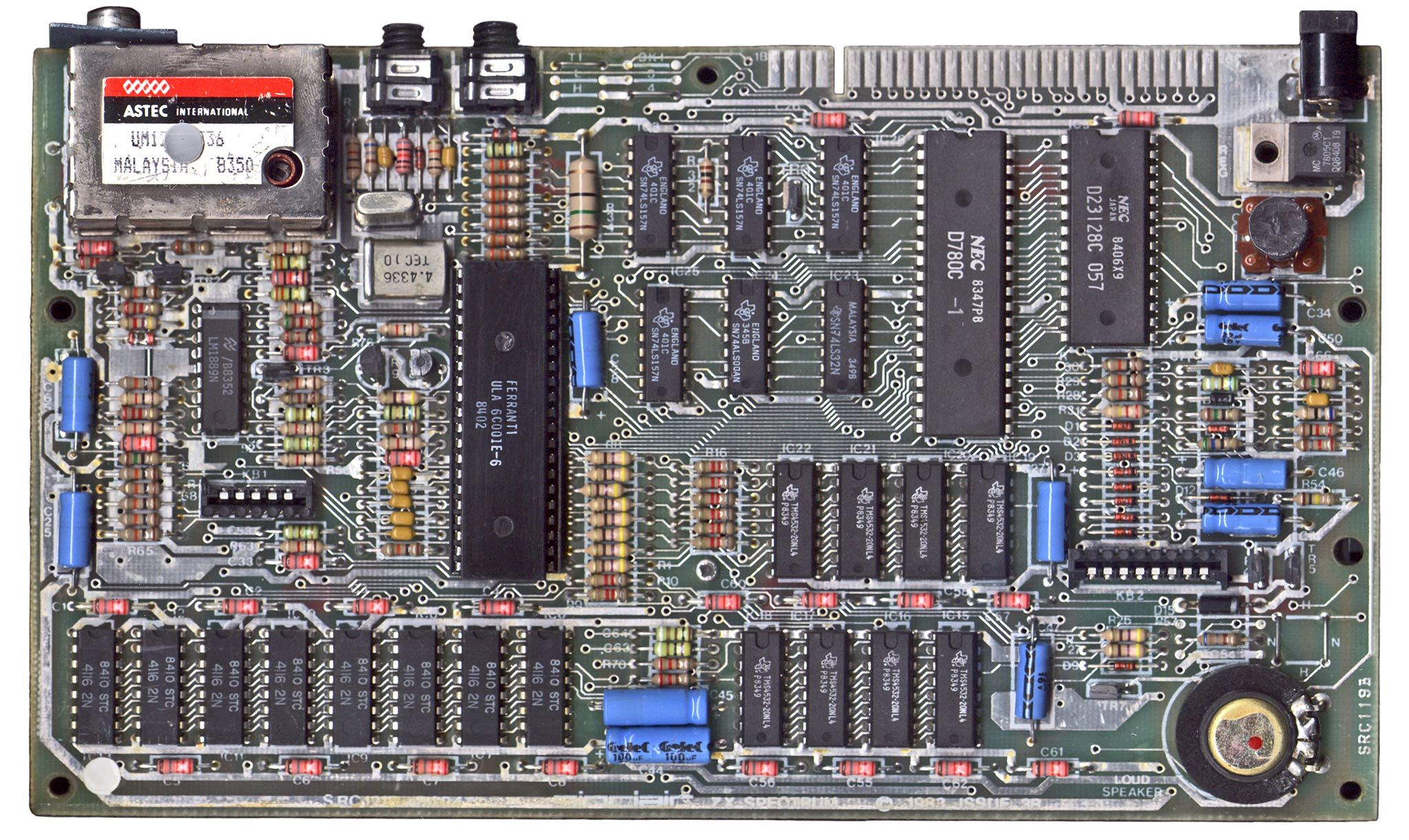 Zx Spectrum 48k Motherboard Issue 3b 1983 Heat Sink Removed Electronic Schematics Gaming Computer Computer