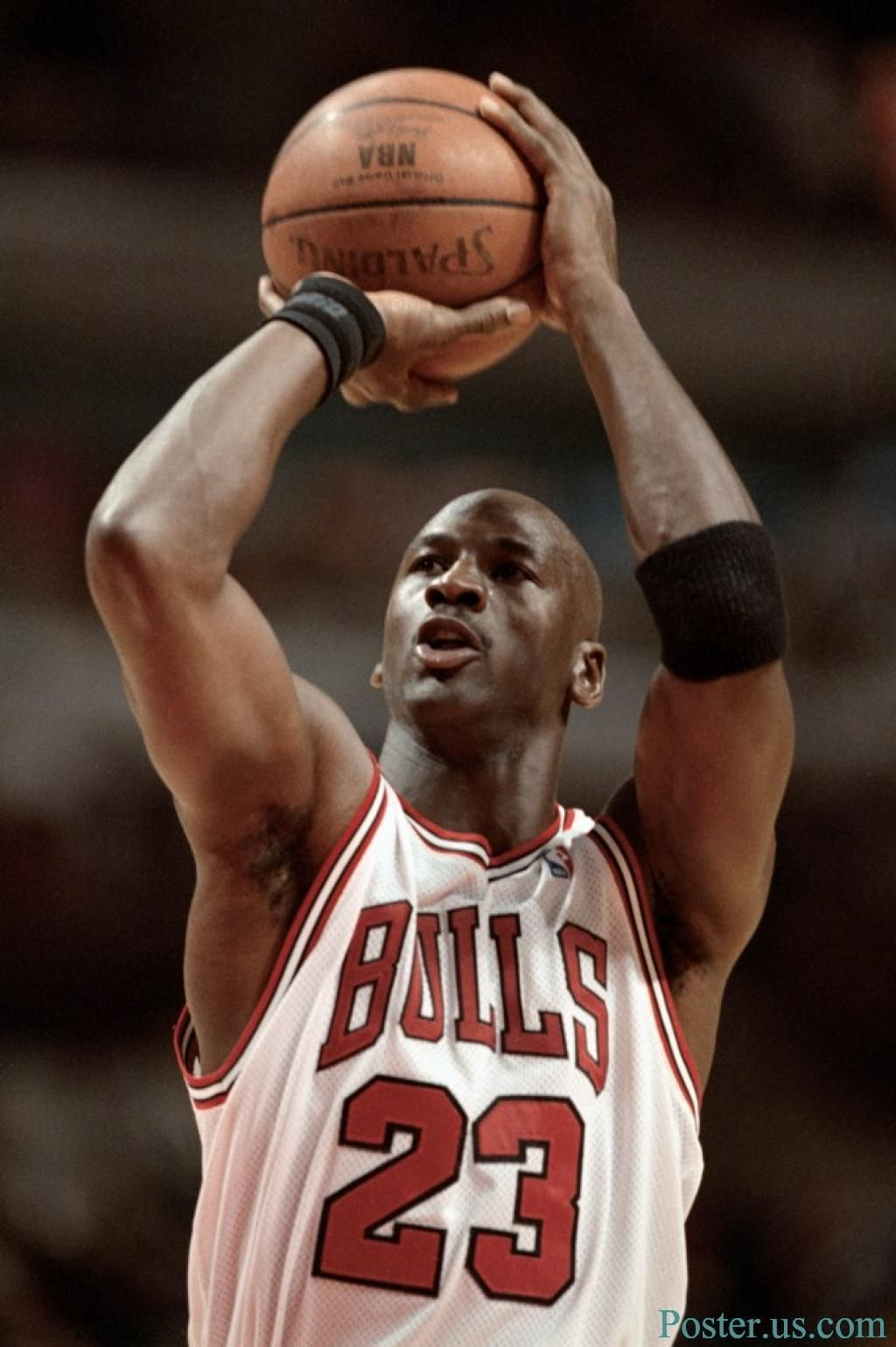 a biography of michael jordan a basketball player Born on february 17, 1963, michael jeffrey jordan often called by his initials, mj, is a former american professional basketball player and entrepreneur who is widely regarded as the greatest basketball player of all time.