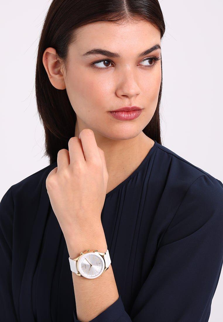 fd0049e9aba7 ¡Consigue este tipo de reloj de DKNY Minute ahora! Haz clic para ver los