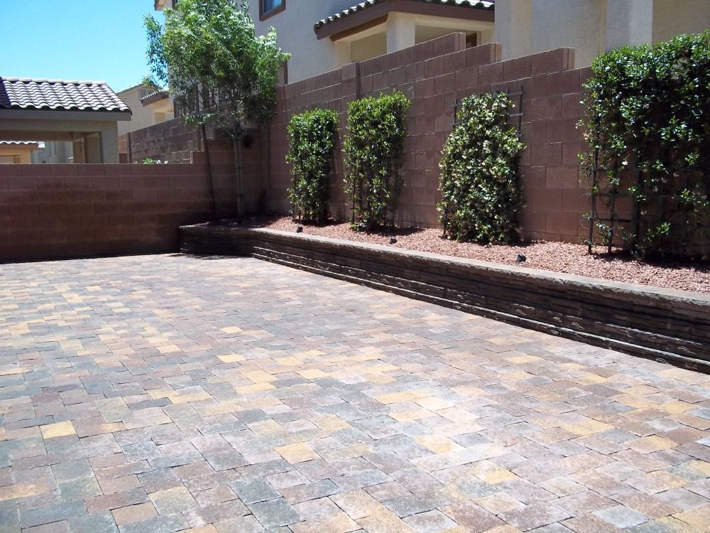 Venetian Pavers Give This Home An Italian Feel | #LasVegas #pavers |  #hardscaping #landscaping #patio #home #driveway