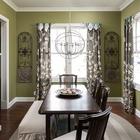 Craftsman Dining Room by The Ramage Company