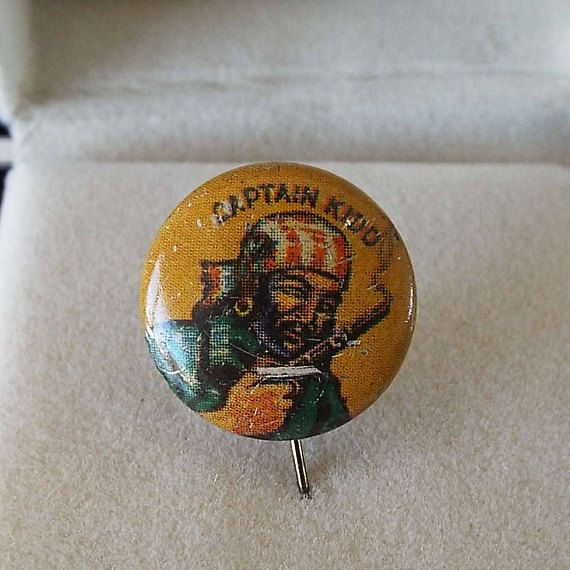 Vintage 1930's Captain Kidd Bastian Bros Pinback Button Pirate