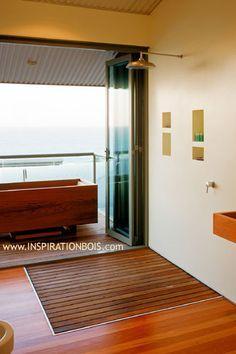 grand caillebotis de douche en teck sur mesure lames parall les salle de bains pinterest. Black Bedroom Furniture Sets. Home Design Ideas
