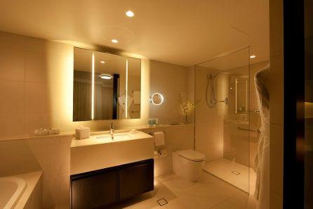 Hilton Hotel Bathroom