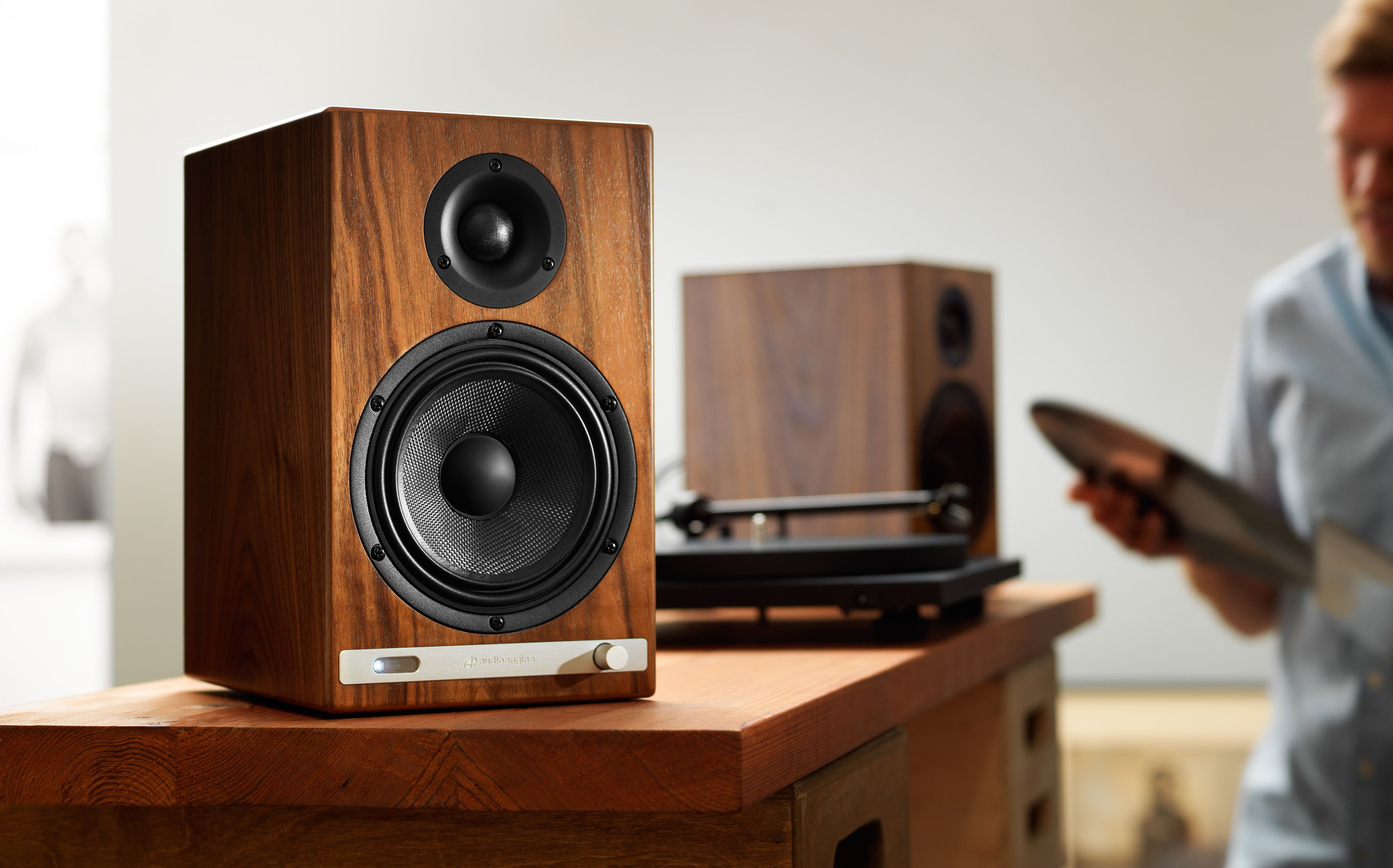 safeandsoundhq audio series bronze reviews bookshelf zoom monitor speaker