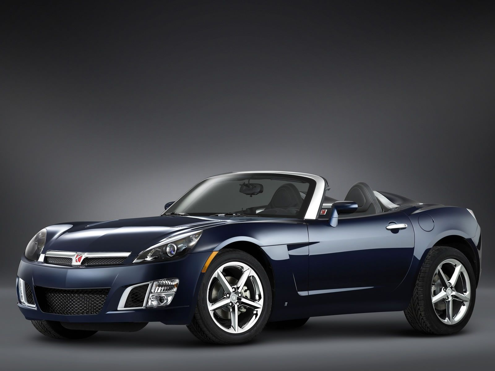 2009 Saturn SKY RL...looks cool, but a guy my size...not