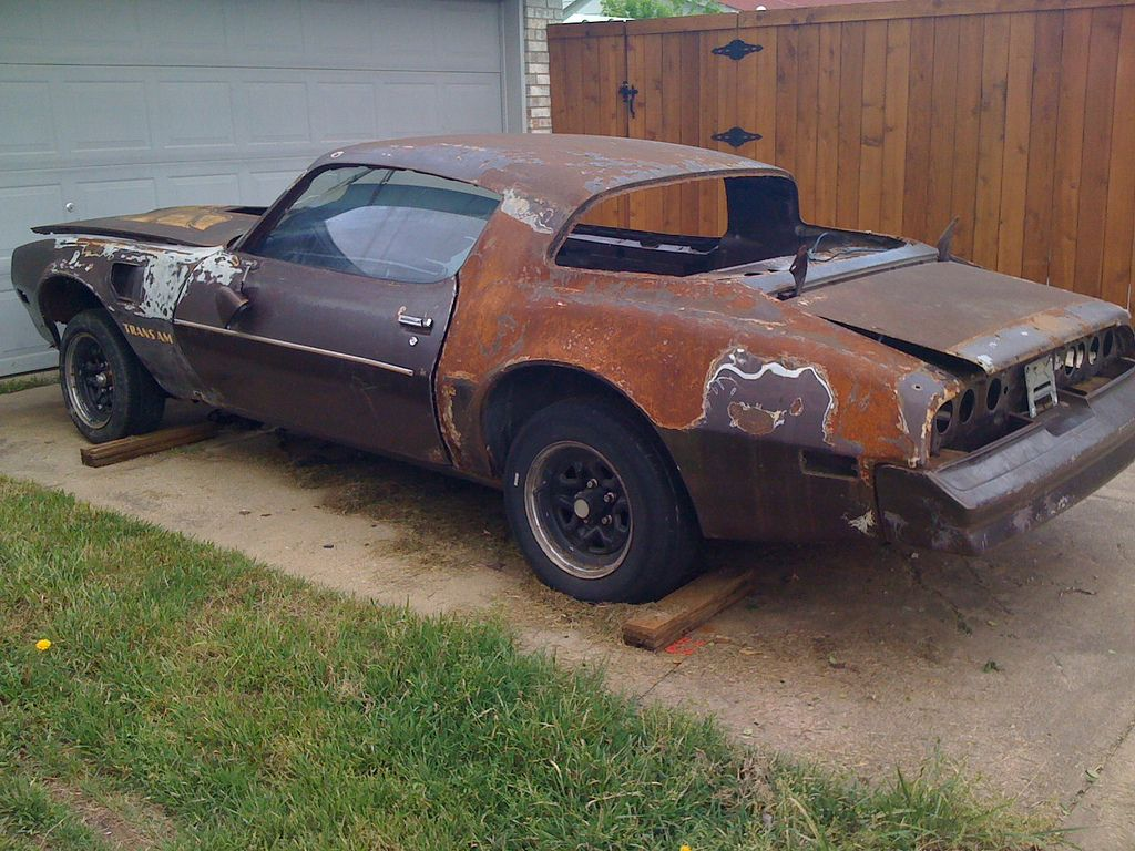 Image Result For Old Beat Up Cars With Images Barn Find Cars