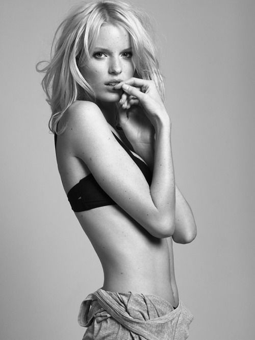 Cleavage Caroline Winberg nude (57 photos) Bikini, Snapchat, lingerie