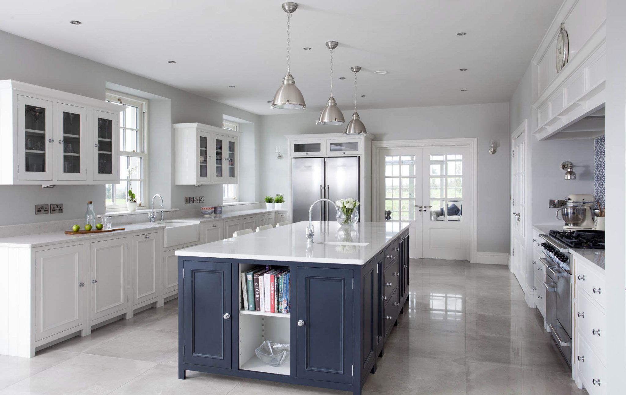 Neptune Chichester Kitchen by  Open plan kitchen living room