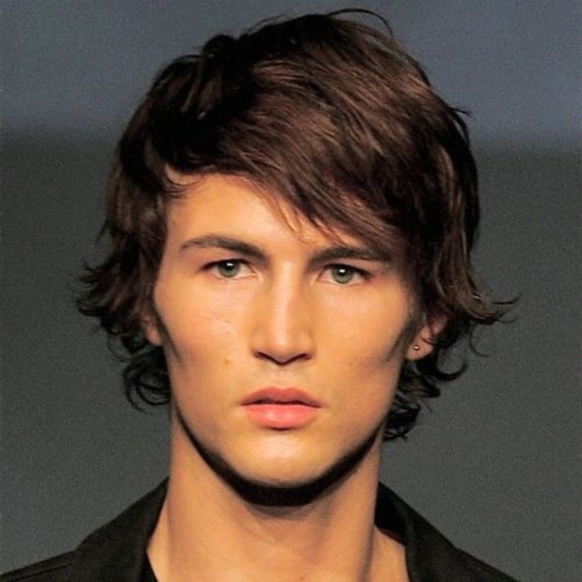 40 Amazing Medium Hairstyle For Men You Can Try