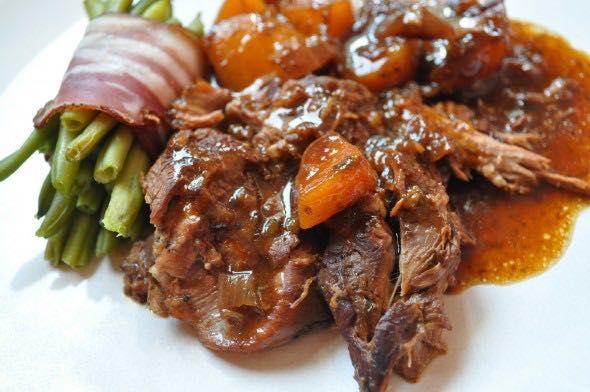 La recette du gigot d agneau aux deux sauces recette - Sauce pour gigot d agneau au four ...
