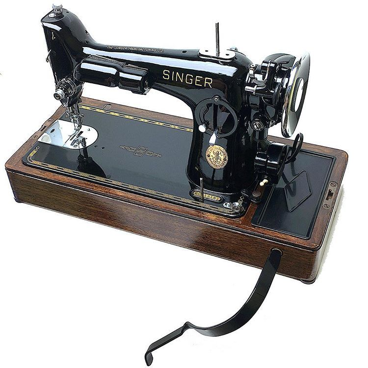 Restored 1920 30s Singer Full Size Sewing Machine Bentwood Case