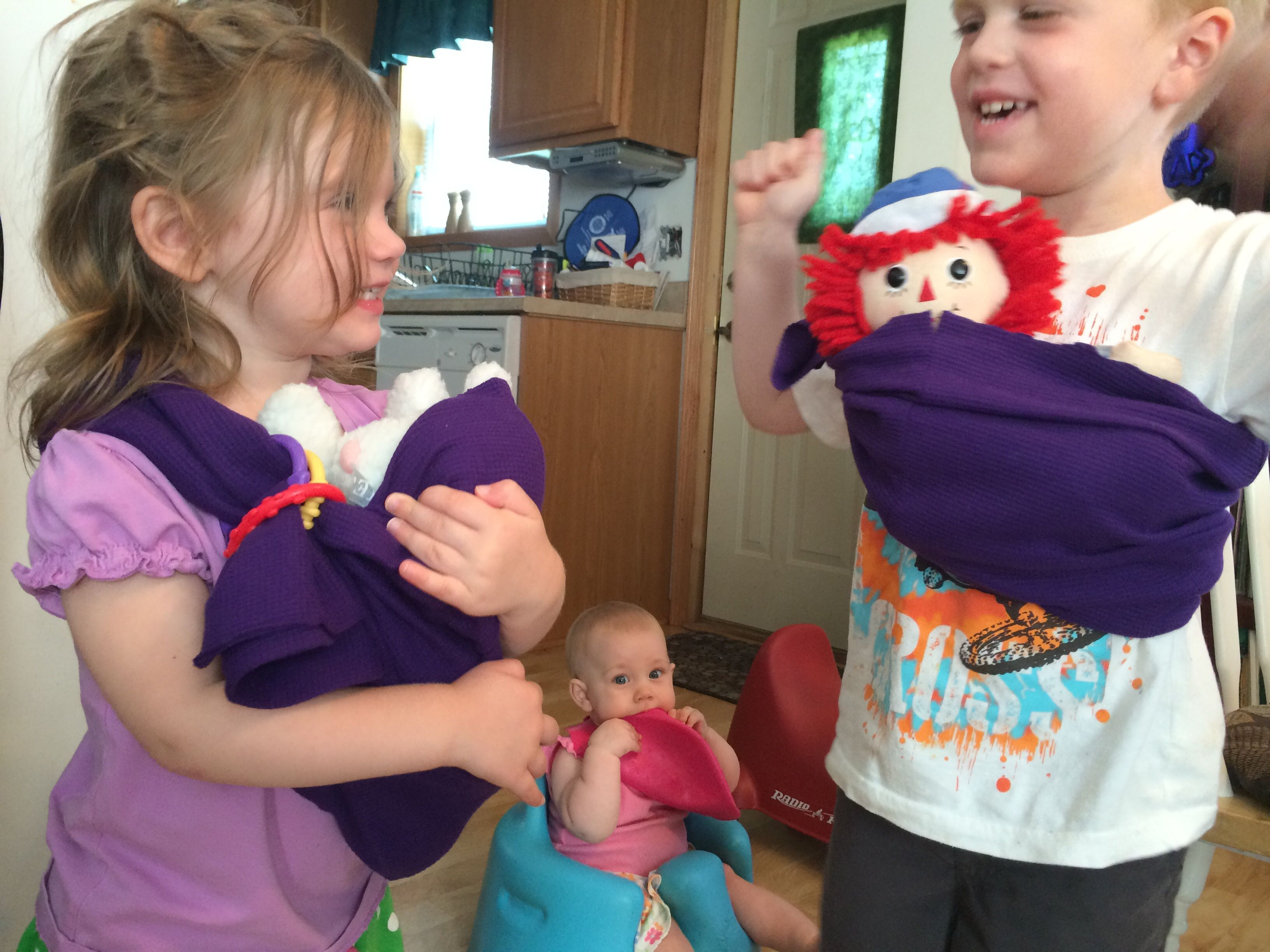 5 minute, no sew baby doll sling for kids. Super fast and easy. Tips ...