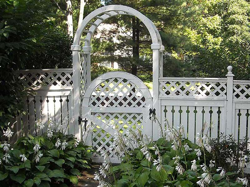 Love this fence designmaybe in charcoal rather than white