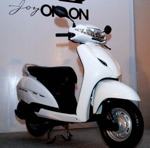 Browse Here Free Latest Honda Activa Pictures And Photos For Your