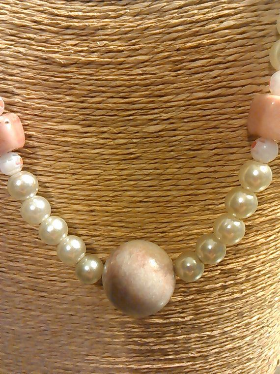 chunky pearl and pink marble choker beads