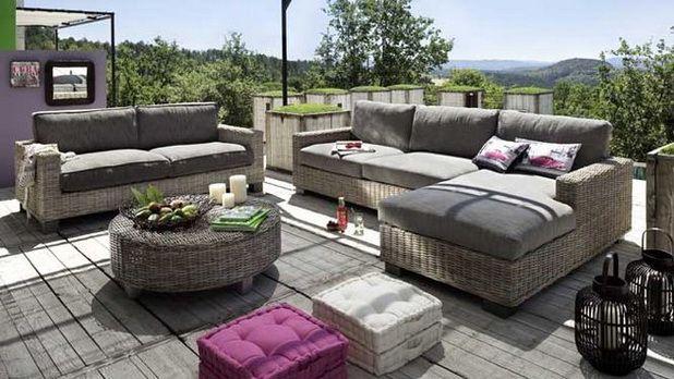 Comfortable Garden Furniture for Your Outdoor Living Room Garden