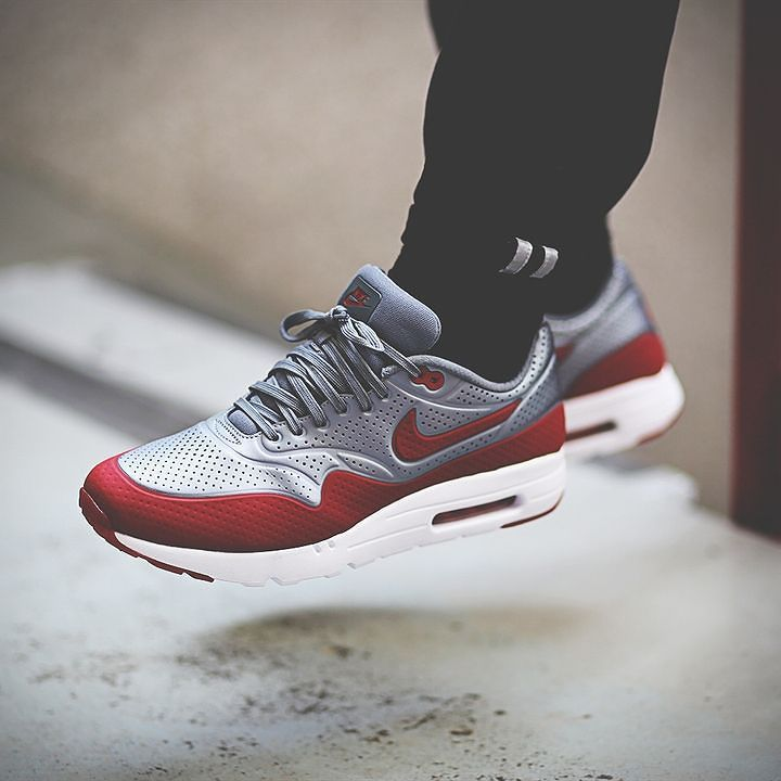 buy online 3fed9 4e0d7 Nike Air Max 1 Ultra Moire  Metallic Cool Grey Gym Red  (via  Kicks-daily.com)