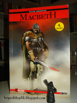 a review of the character of macbeth in william shakespeares play Shakespeare book covers by chris hall, via behance- macbeth is another story with a similar plot to that of icarus and daedalus- macbeth allows his pride and political ambition to push him forward to the point where he ends up losing his life.