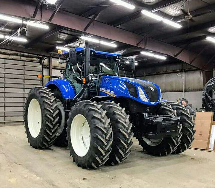 New Holland T8 Fwd New Holland Agriculture New Holland Tractor