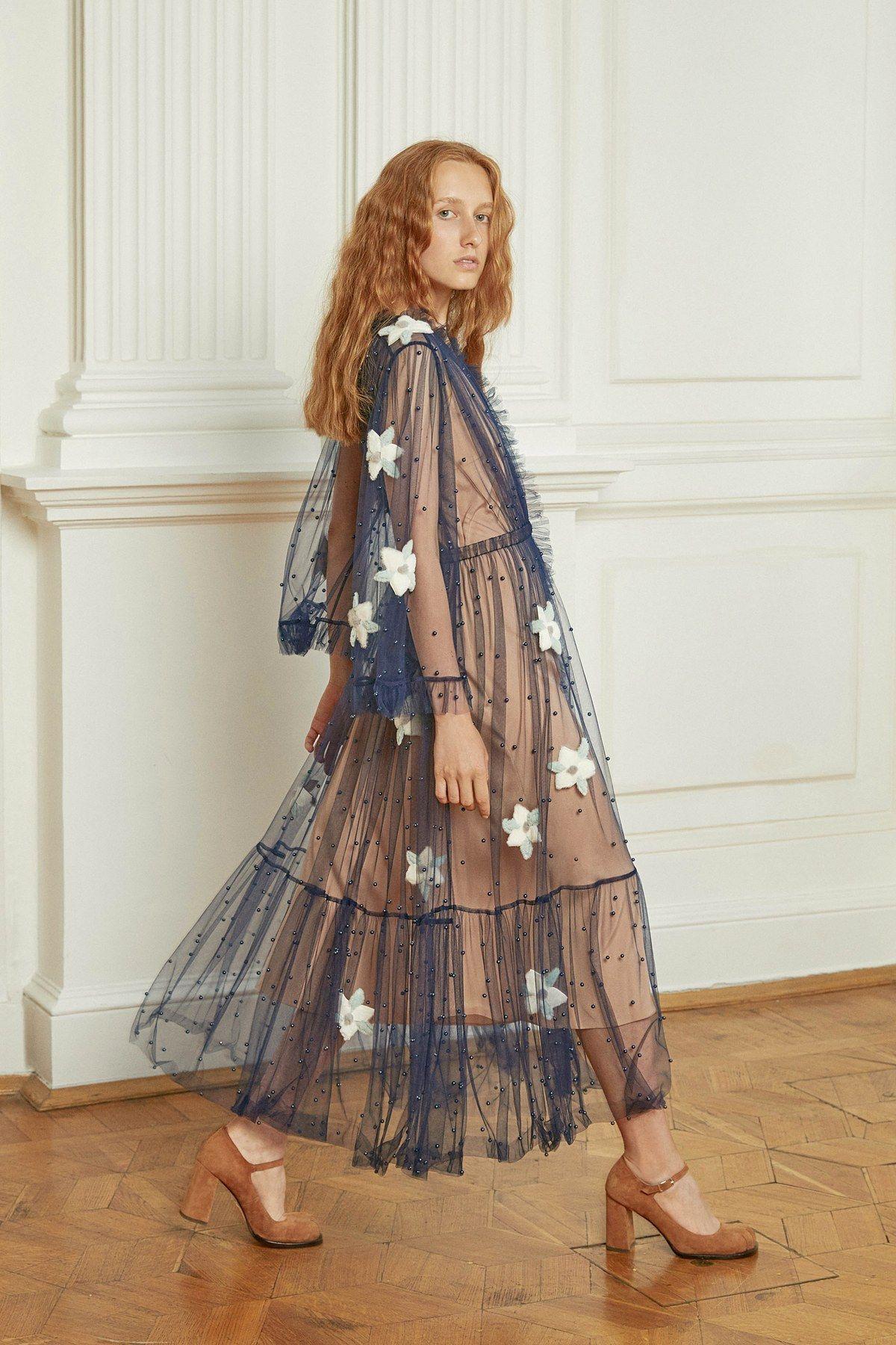 Alena Akhmadullina Spring 2019 Ready-to-Wear Fashion Show