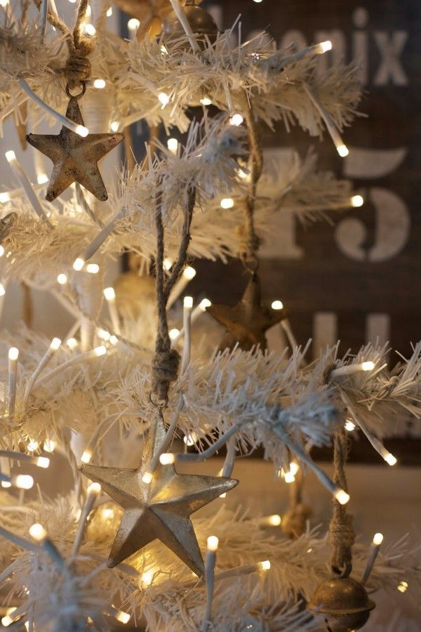 Outdoor Christmas Lights Ideas for Your Yard Decoration Vintage
