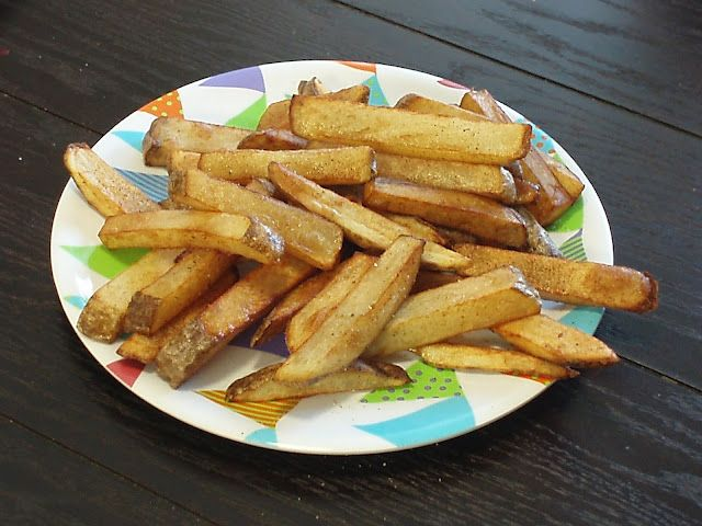 Hot Cookin' Mama: Deep Fried Fries. BEST SEASONING COMBINATION AND WAY TO FRY THESE EVER