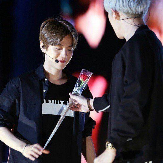 Chanyeol and baekhyun dating
