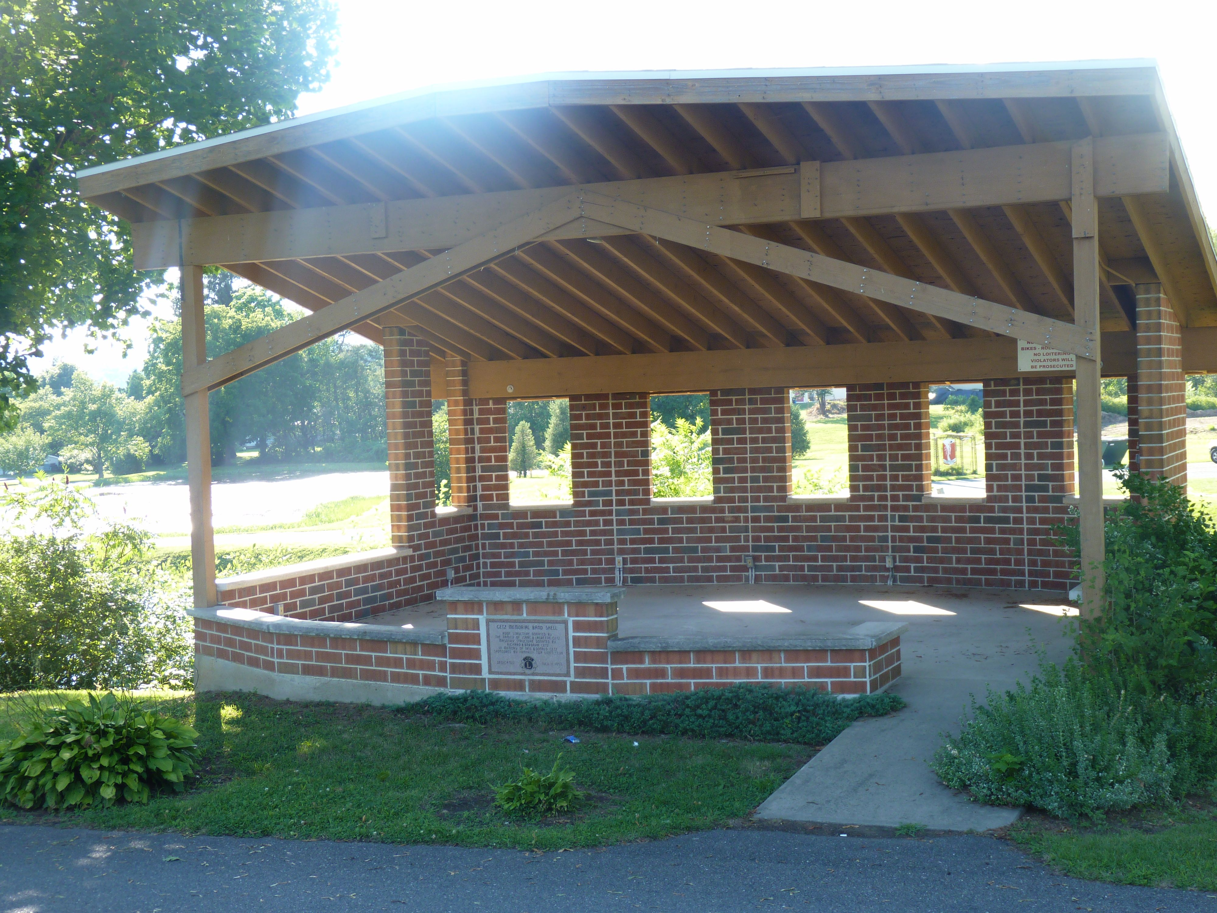 Getz Memorial Band Shell At Phifer S Ice Dam Ice Dams Outdoor Structures Pergola