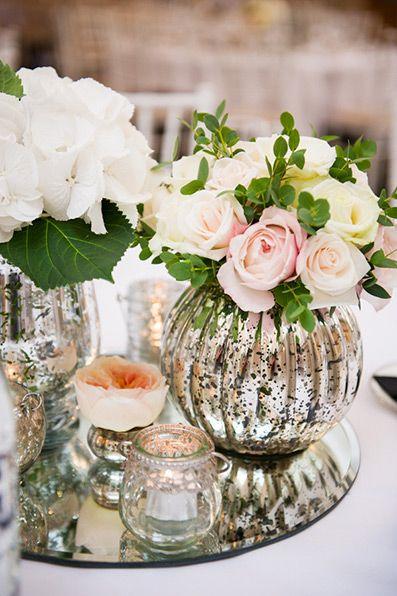 20 Beispiele Für Blumen Auf Runden Tischen Für Die Hochzeit Bild 10