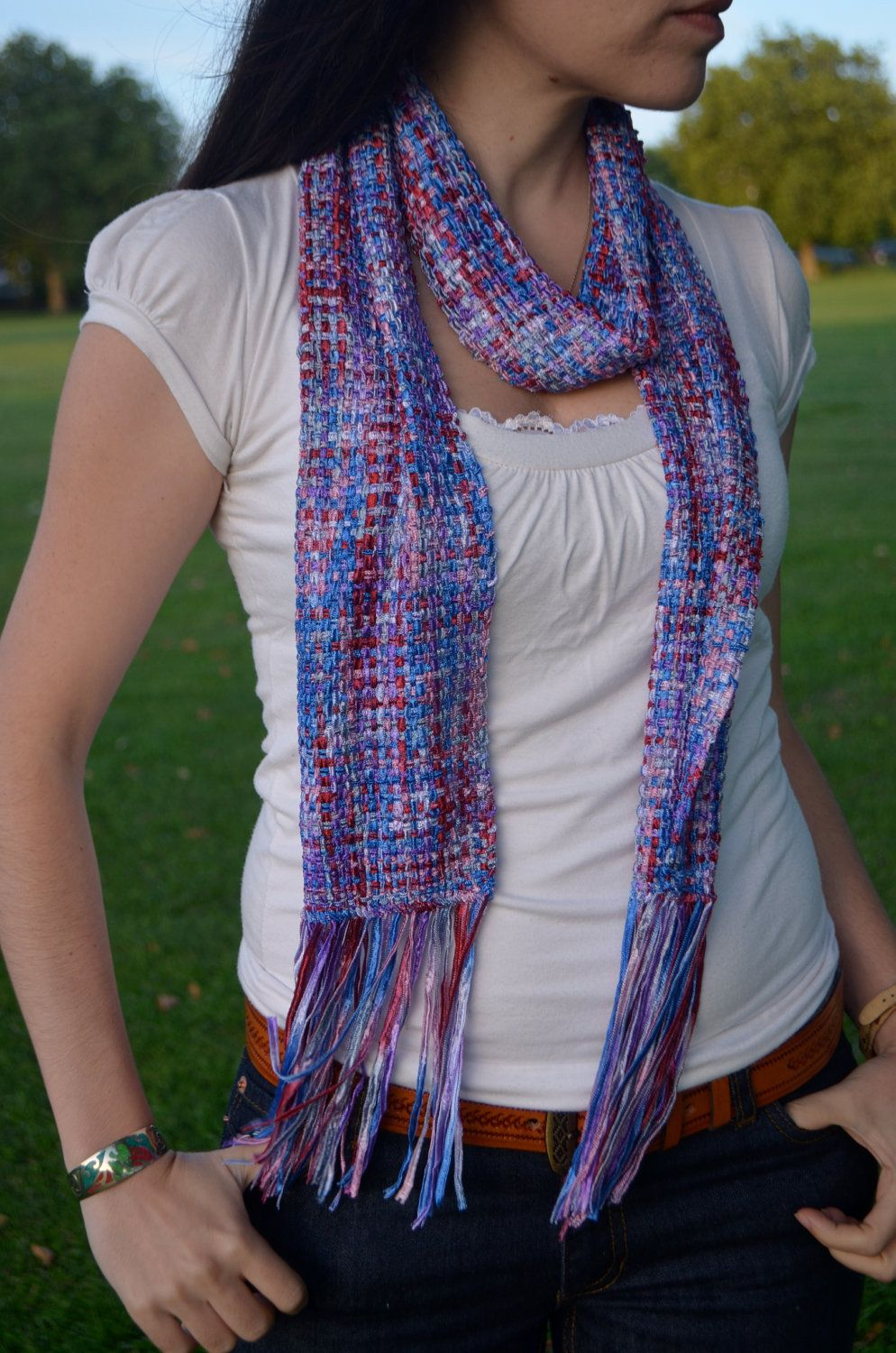 Weaving with thin ribbons - lovely idea    great result