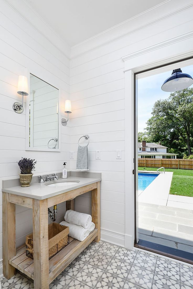 10 Tips A Michigan Lake House By Linc Thelen Pool House Bathroom Pool Bathroom Outdoor Pool Bathroom