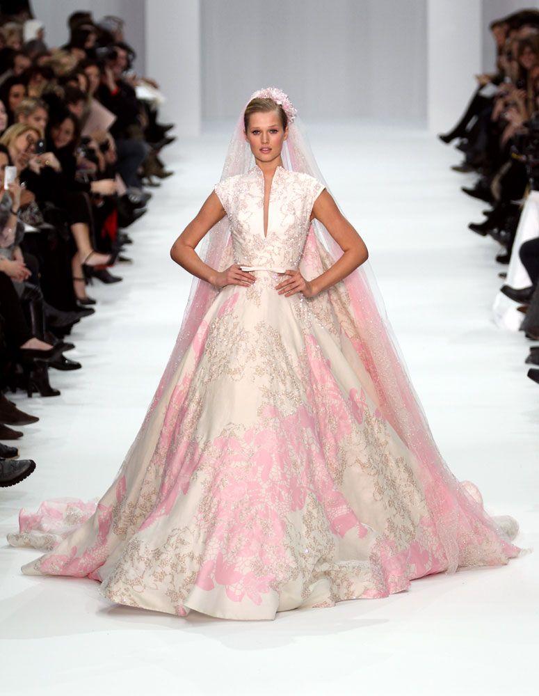 Jennifer Lopez Valentino Wedding Dress | elie saab vjenčanice foto ...