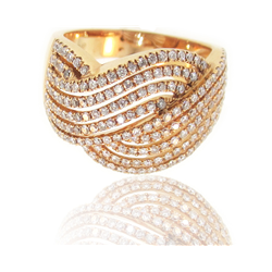 Stunning, Unique 18k Rose Gold Ring with Glistening Diamonds!
