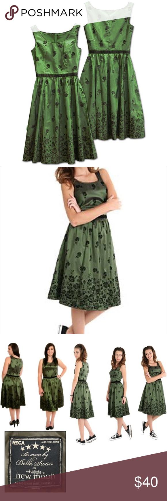 Neca Official Twilight New Moon Bella Swan Dress Swan Dress Dresses Taffeta Dress [ 1740 x 580 Pixel ]