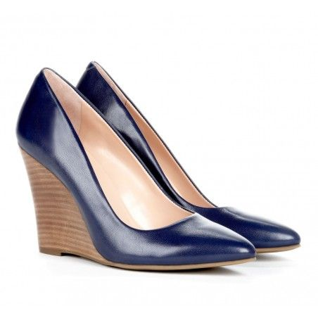 Pointed wedges - Kelly