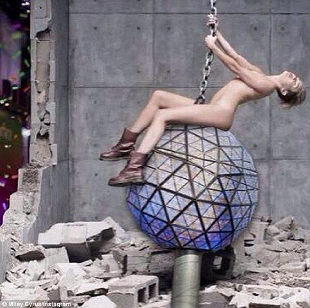 Miley cyrus taking a shower naked, monster cock meets monster tits video