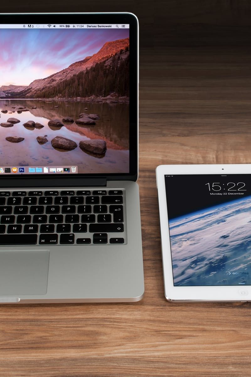 Free stock photo of apple, iphone, smartphone, desk