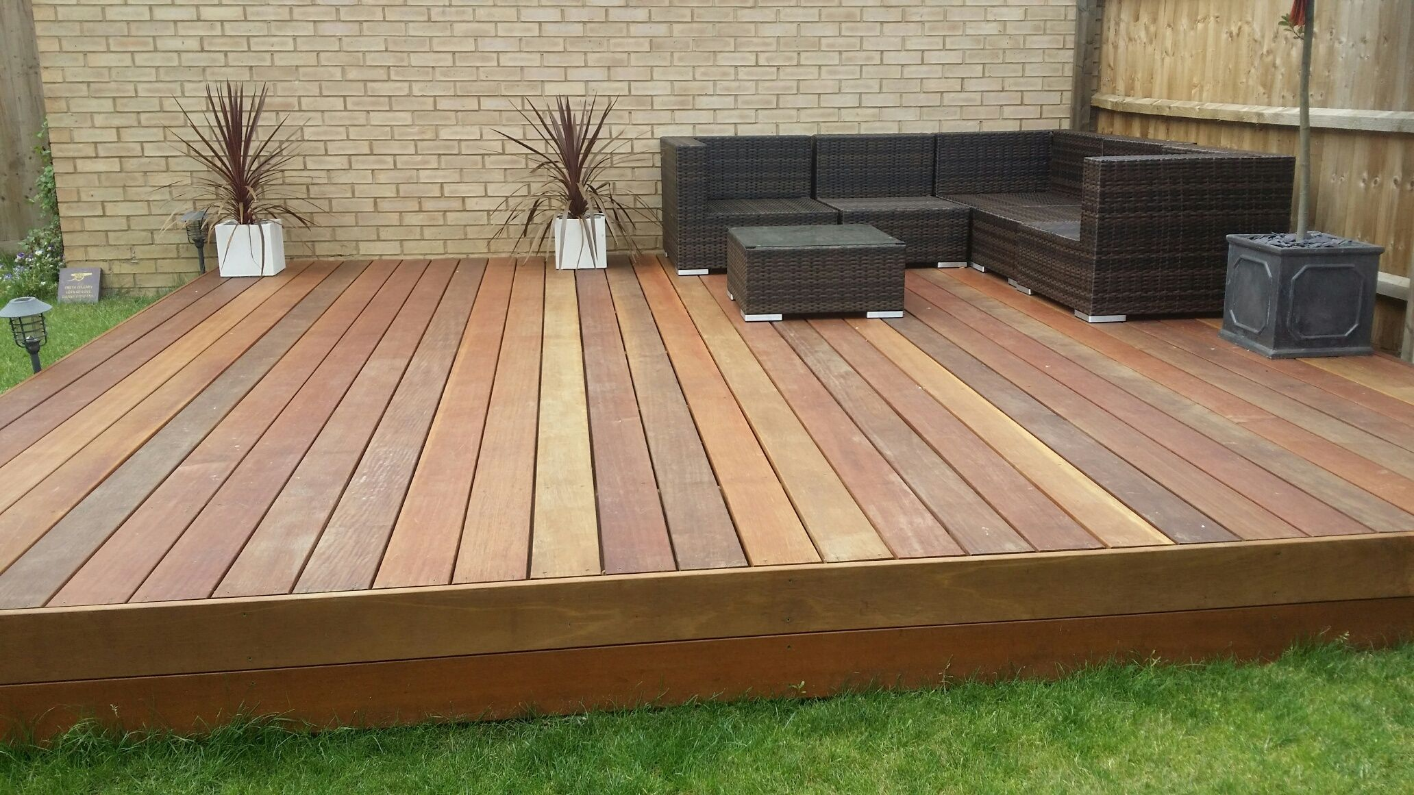 Raised decking ideas uk google search patio for Garden decking and grass